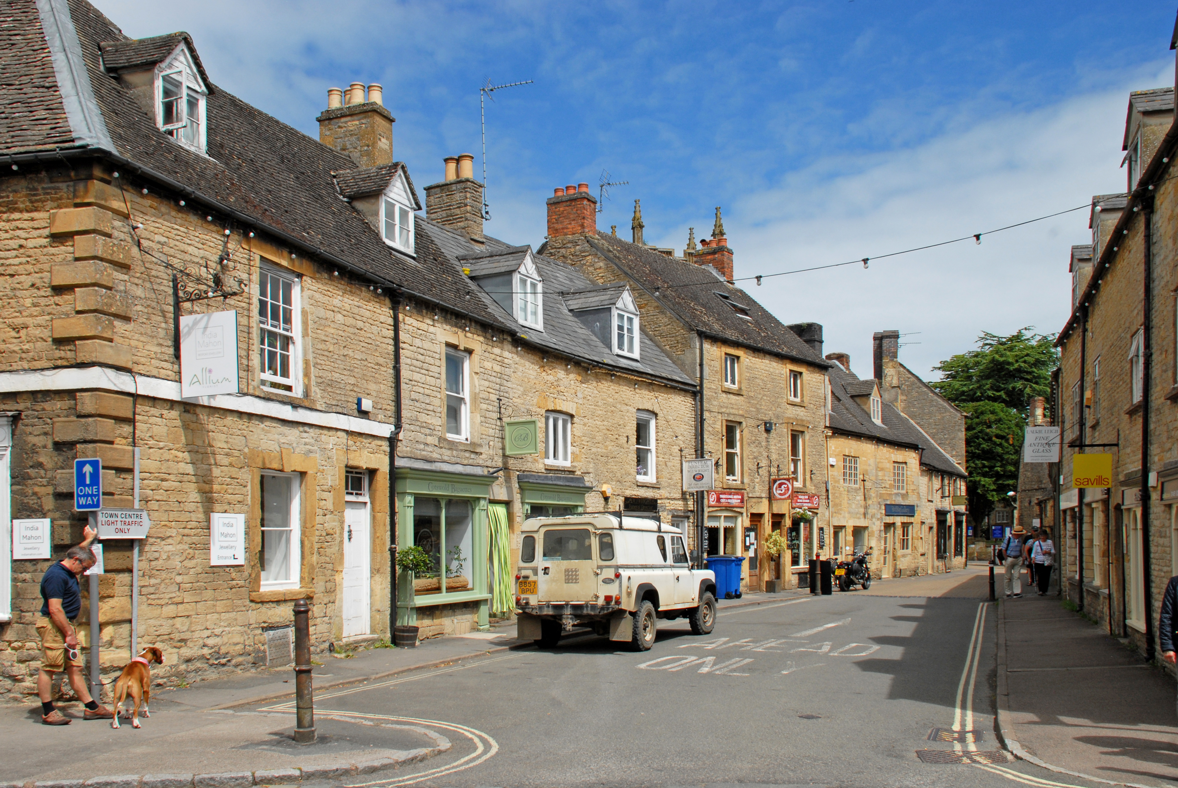 Make the Move to ... Stow on the Wold